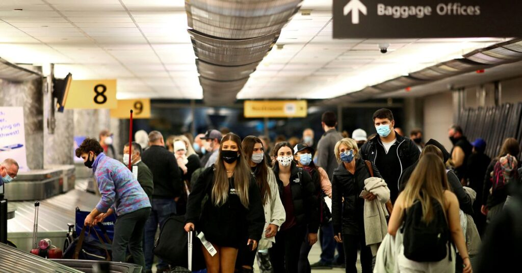 Airlines press U.S. on refusal to lift COVID-19 travel restrictions
